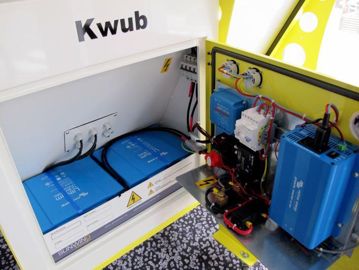 KWUB autonomous solar charger