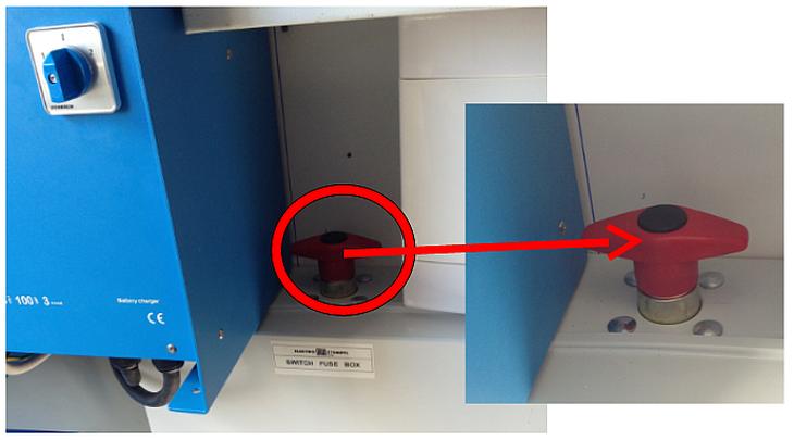 Figure 12 - Accommodation battery switch