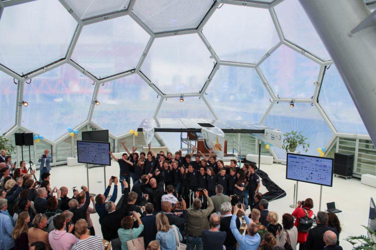 TU Delft Solar Boat 'baptised' by Laura Dekker - Victron