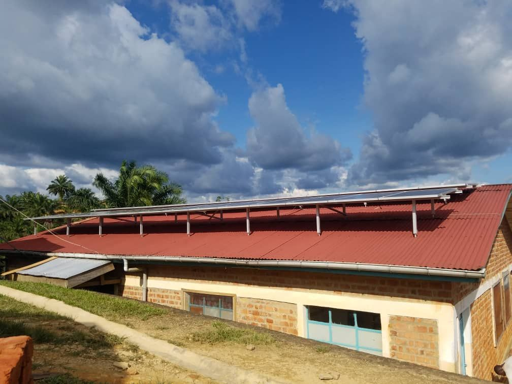 Remote Congolese Hospital gets private power.