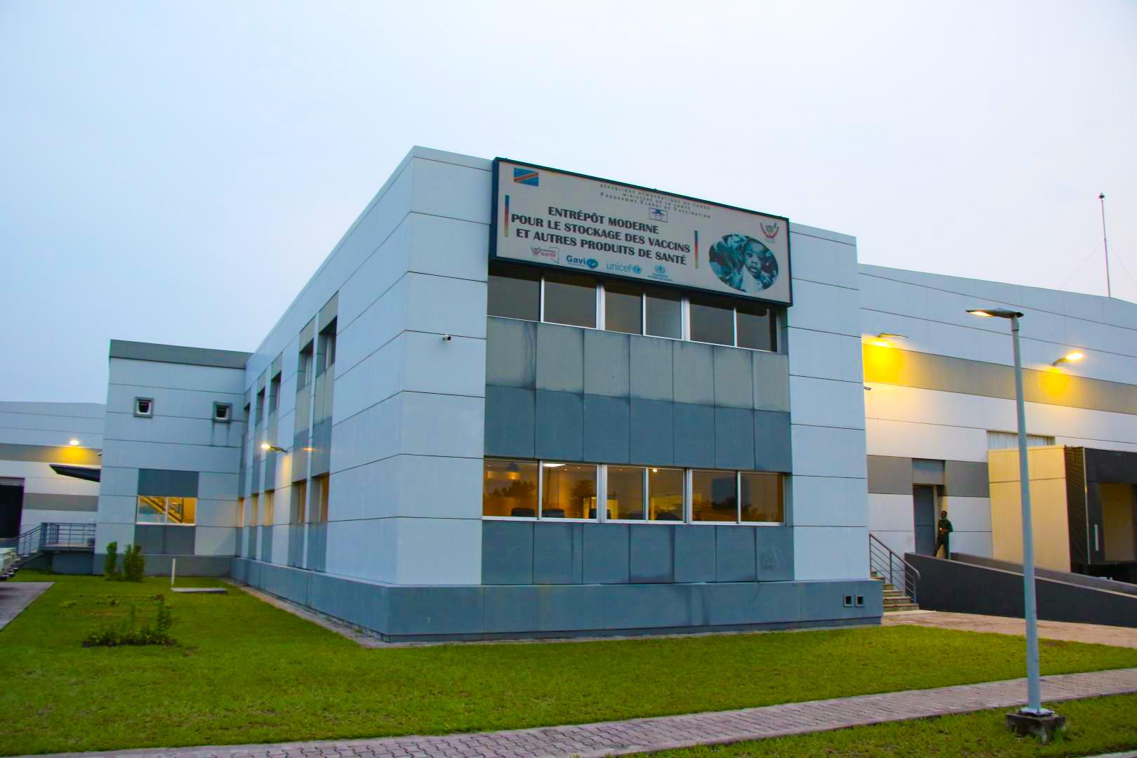 Vaccine storage for D. R. Congo