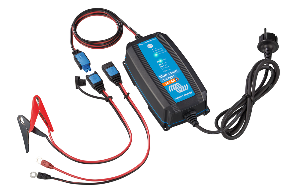 Charger 8A 24V Victron Energy Blue Smart IP67 Bluetooth 24//8 1 Schuko